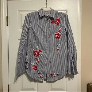 NWT blue stripe button down floral embroidery